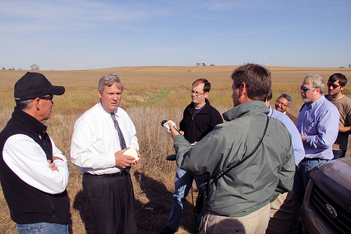 Tom Vilsack announcing adding 400,000 acres to the CRP. Photo by USDAgov, Flickr.