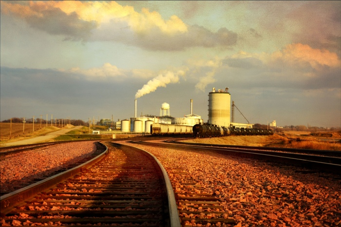 An ethanol plant near Marcus in Western Iowa. Photo via keeva999; Flickr