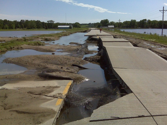 Flood damage to Highway 1 north of Solon after 2008 floods. John Johnson/Flickr