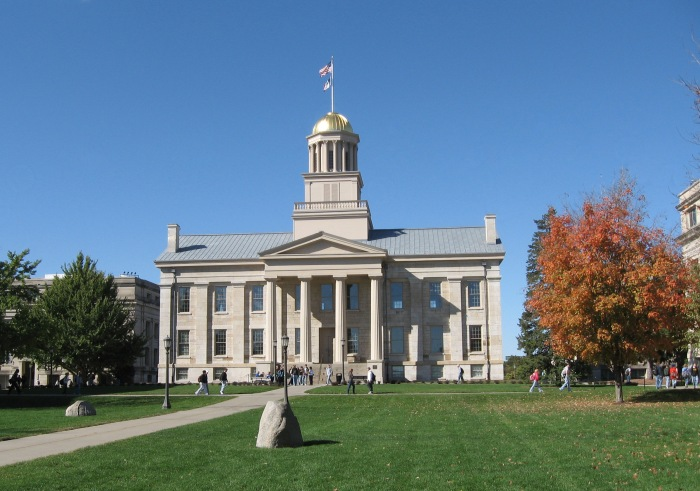 The University of Iowa ranked second - behind Purdue - in the 2014 RecycleMania Big Ten rankings (Wikimedia)