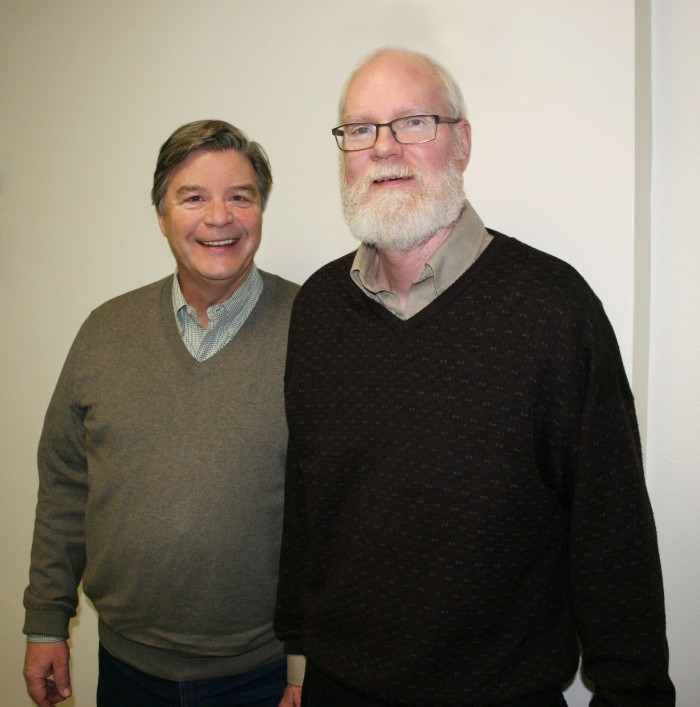 Jerry Schnoor and Greg Carmichael. (Photo by Mary Moye-Rowley)