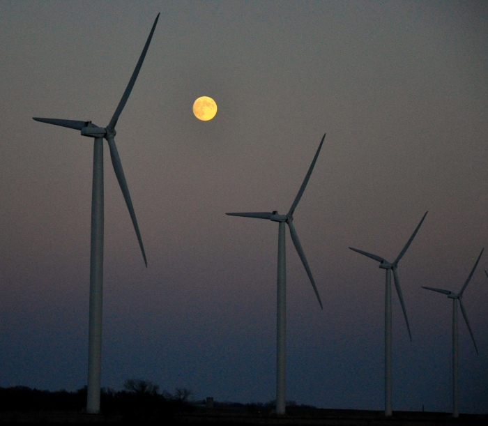 An Iowa wind farm (Brian Hoffman / Flickr)