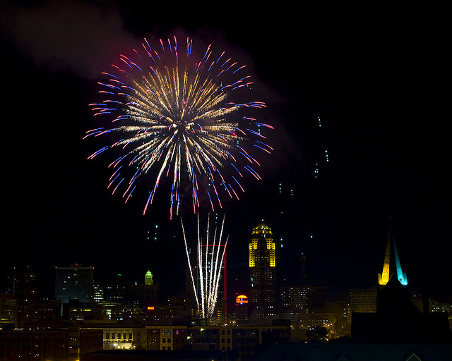 A 2008 Fourth of July fireworks show in Des Moines. (Andy Langager/Flickr)