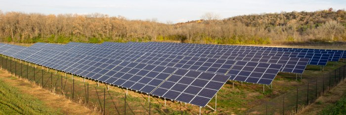 A 552.96 kW solar array on a field near the Luther College Campus (Center for Sustainable Communities/Luther College)